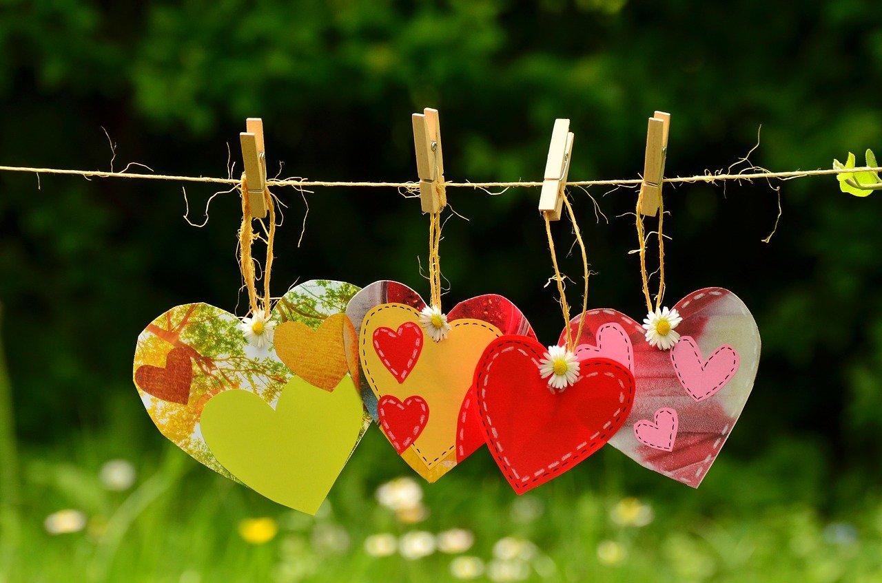 Convertir el amor virtual en amor real: crear un ritual efectivo